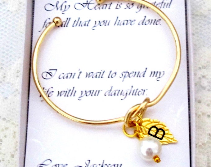 Knot Bangle,Personalized Gold Bangle with Pearl and Leaf Initial,Bridesmaid gift,Tie the Knot Bridesmaid Bracelet,Bridesmaid Proposal gift