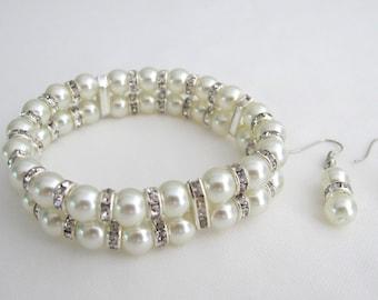 Bridal Pearl Bracelet, Bridesmaid Bracelet, Cuff Two Strand Wedding Jewelry, Ivory Pearl Bracelet, Stretchable Bracelet Free Shipping USA