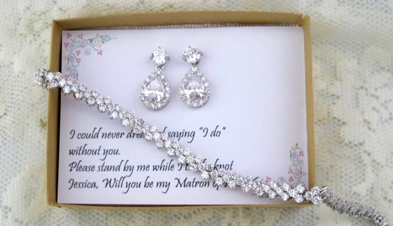 Bridesmaid gift set, Tear drop bridesmaid earrings, Bridal Earrings, CZ Bracelet, Cubic Zirconia Earrings, Gift for mother in law, Wedding