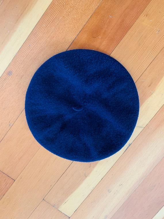 Vintage osfa 60s Wool Navy Blue BERET Hat sz S / M