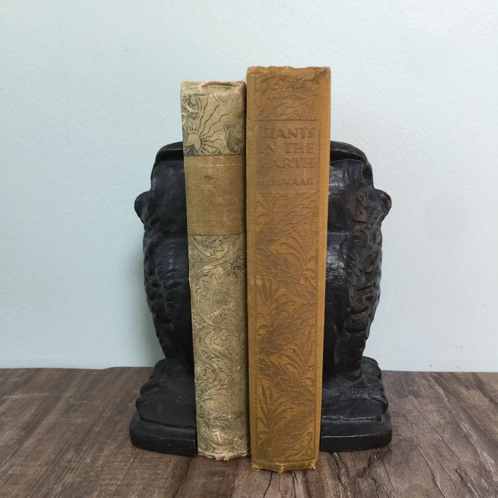 Image 7 of Vintage Owl Bookends, Black Cast Iron Wise Old Owls