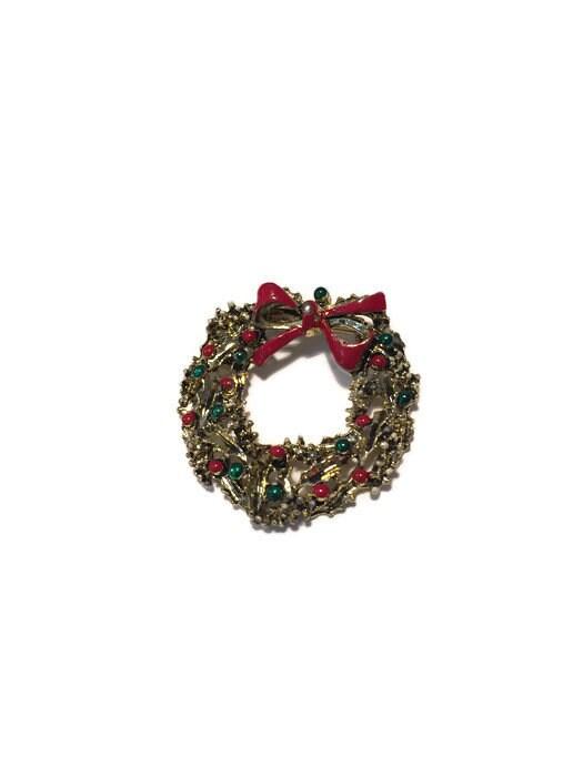 Image 1 of Christmas Wreath Pin
