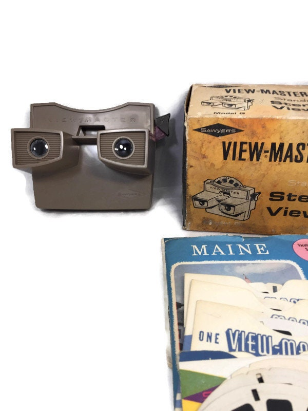 Image 8 of Vintage View Master and 20 Reels