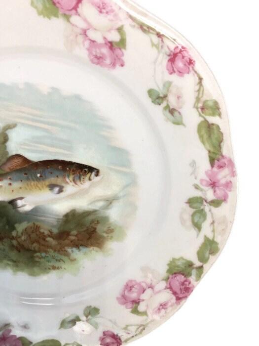 Image 2 of Antique Bavarian Porcelain Dinner Plate
