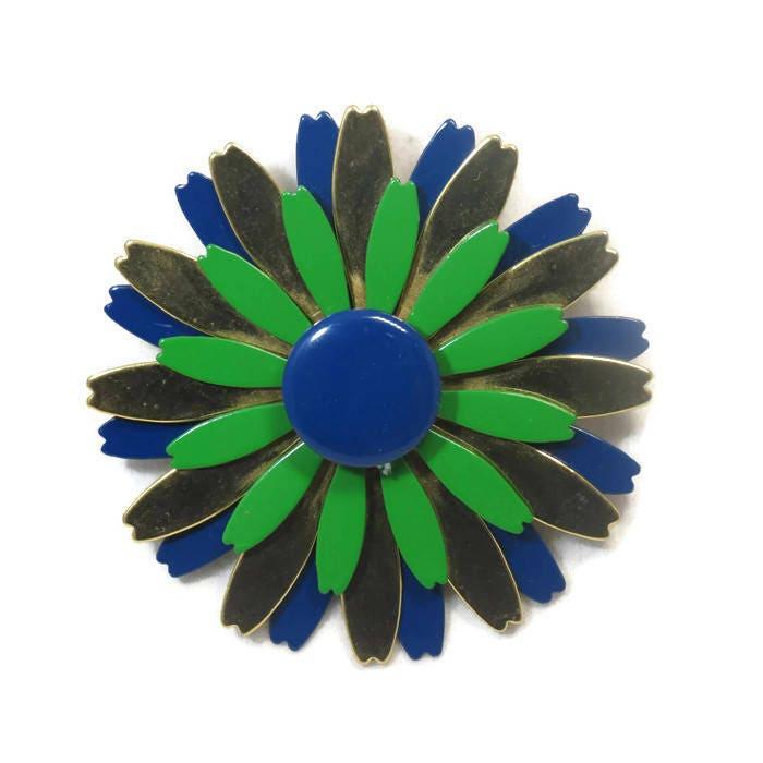 Vintage Mod Flower Pin