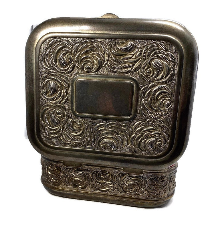 Image 4 of Vintage Ornate Silverplate Velvet Lined Jewelry Box