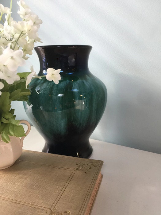 Image 5 of Vintage Blue Mountain Pottery Vase