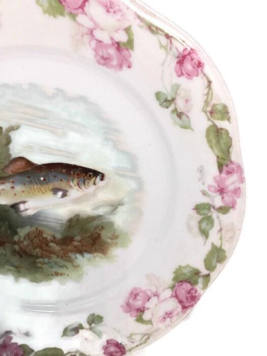 Image 3 of Antique Bavarian Porcelain Dinner Plate