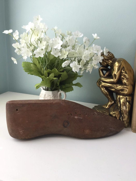 Image 8 of Wood Shoe Mold