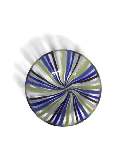 Image 9 of Mid century Murano Glass bowl by Venini