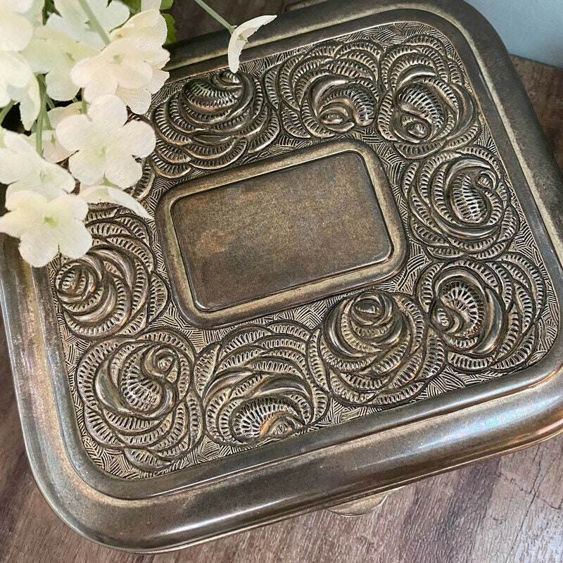Image 9 of Vintage Ornate Silverplate Velvet Lined Jewelry Box