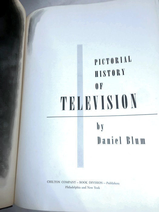Image 1 of Pictorial History of Television by Daniel Bloom
