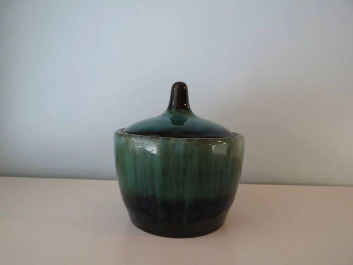 Image 5 of Vintage Blue Mountain Pottery Sugar Bowl
