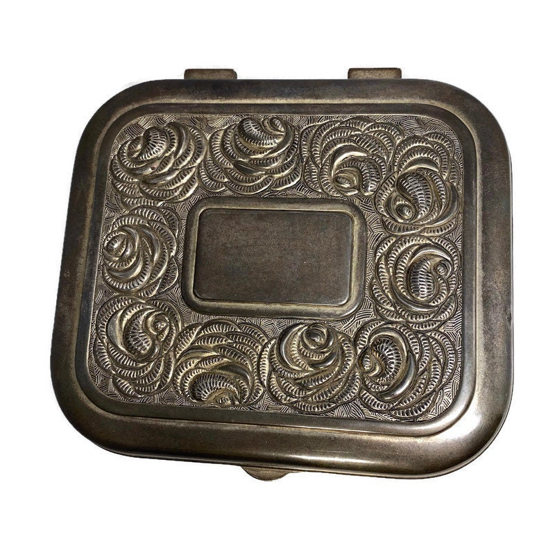 Image 3 of Vintage Ornate Silverplate Velvet Lined Jewelry Box