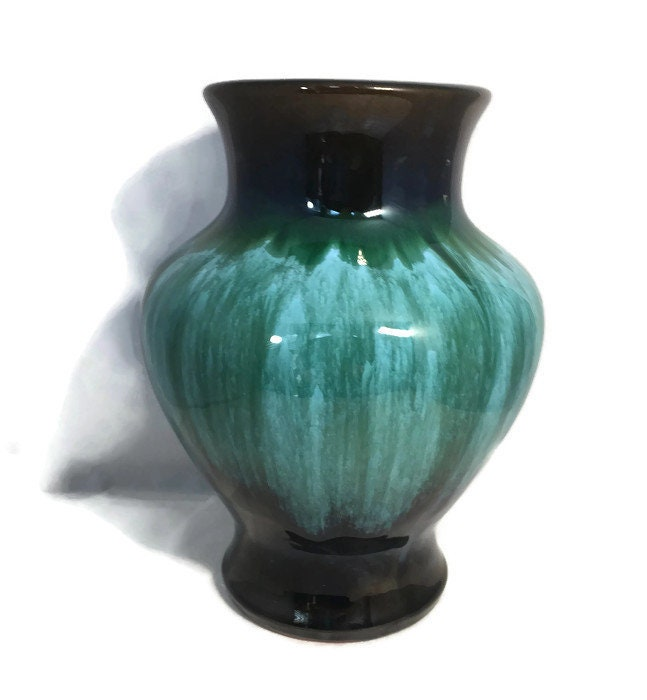 Image 3 of Vintage Blue Mountain Pottery Vase