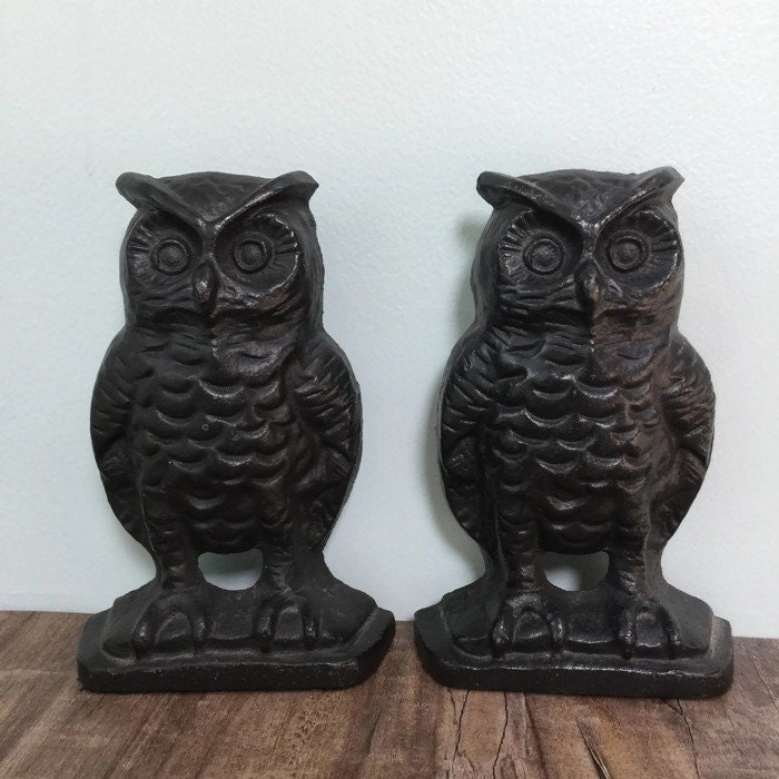 Image 6 of Vintage Owl Bookends, Black Cast Iron Wise Old Owls