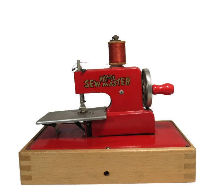 Vintage  KayanEE Sew Master Red Toy Sewing Machine