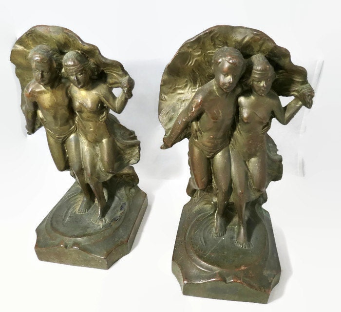 Image 0 of The Storm Bookends