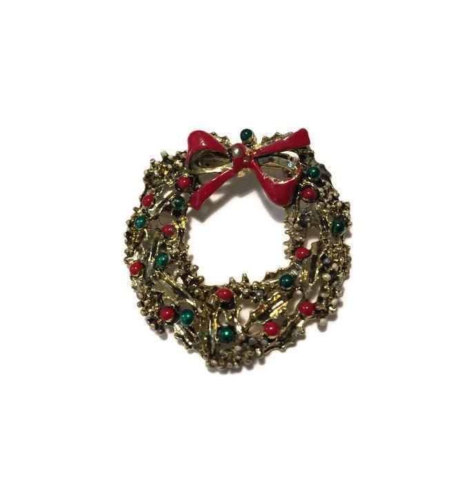 Image 8 of Christmas Wreath Pin