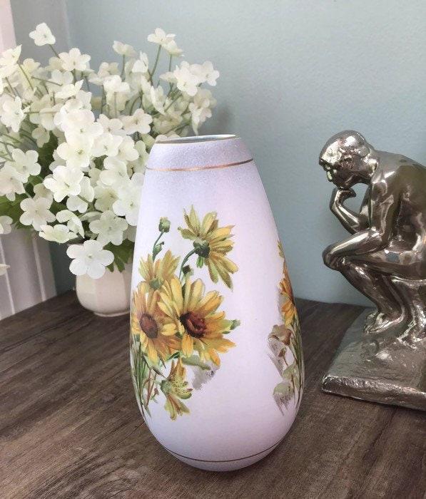 Vintage Flora Gouda Holland Porcelain Vase