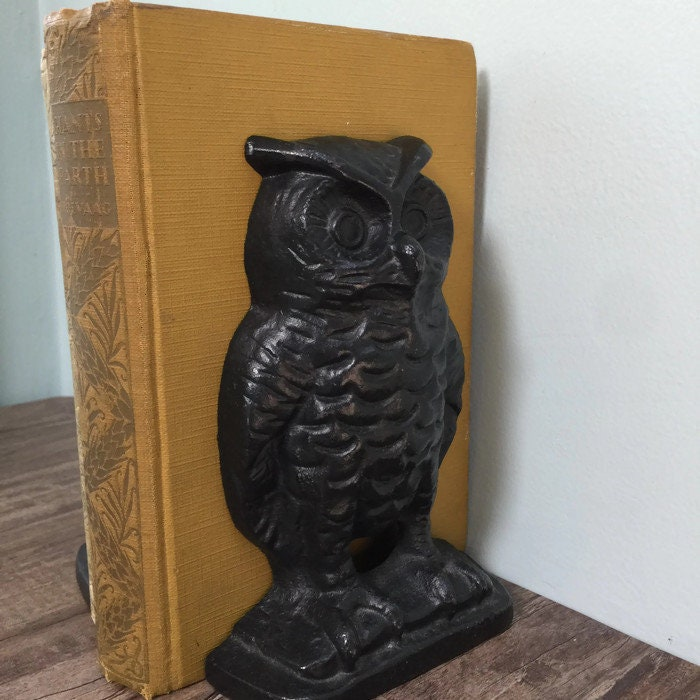 Image 8 of Vintage Owl Bookends, Black Cast Iron Wise Old Owls