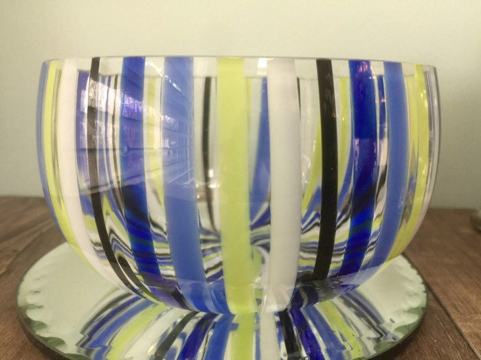 Image 8 of Mid century Murano Glass bowl by Venini