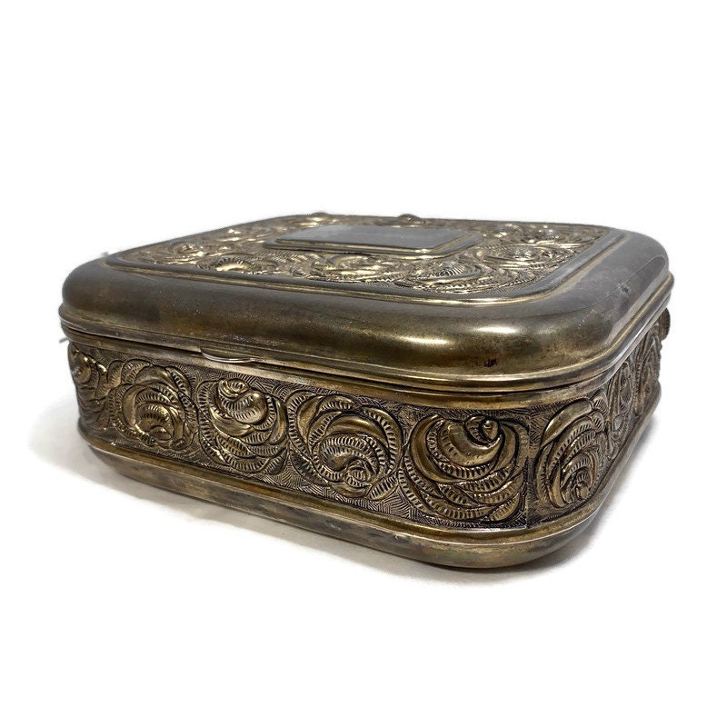 Image 2 of Vintage Ornate Silverplate Velvet Lined Jewelry Box