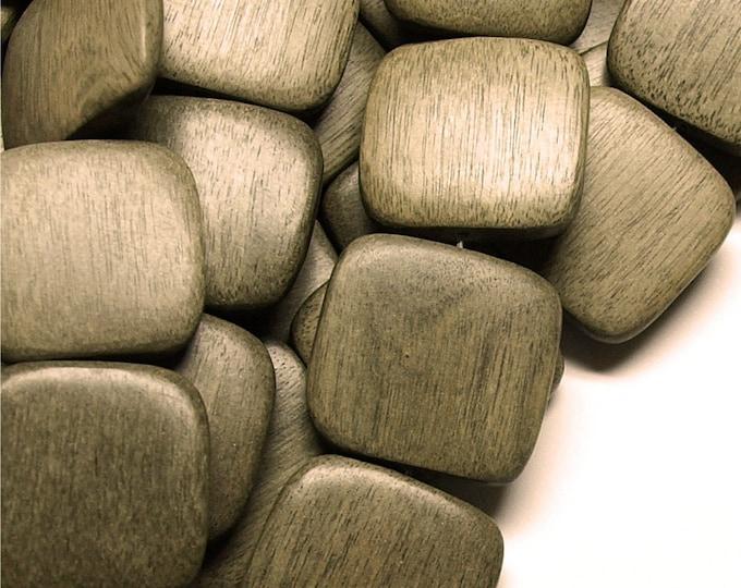 Wood Bead, Flat Square 25mm, Graywood - Three 16 Inch Strands (WDSQ-25GR)