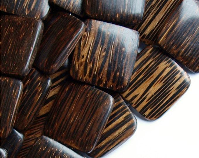 Wood Bead, Flat Square 25mm, Old Palm - 16 Inch Strand (WDSQ-25PM)