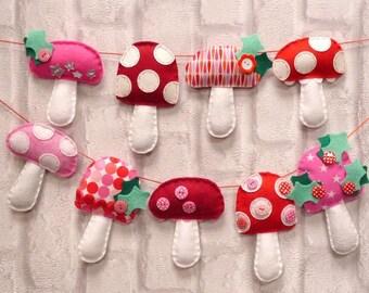 Christmas Garland Sewing Kit - Toadstools