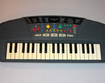 Realistic Concertmate 410 Keyboard Synthesizer Vintage 1990s