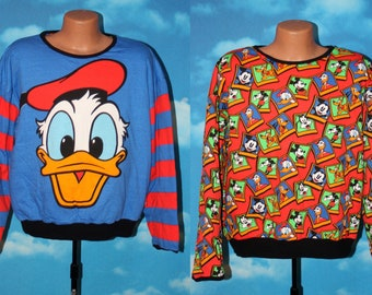Donald Duck / All Over Print Reversible Pullover Mickey & Co Sweatshirt Vintage 1990s