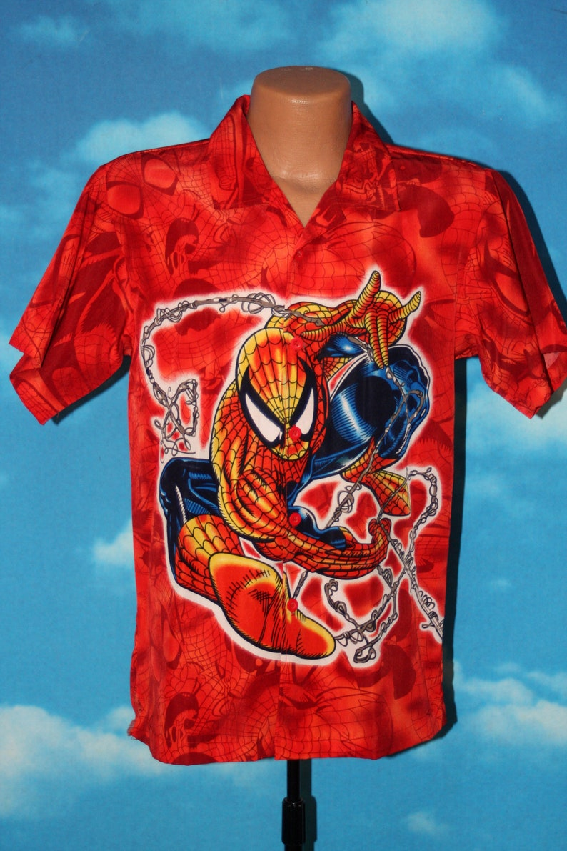 Spiderman All Over Print Button Up Short Sleeved Small Red image 0