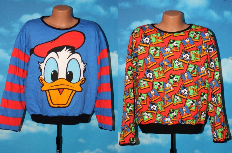 Donald Duck / All Over Print Reversible Pullover Mickey & Co image 0