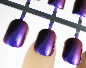 Holo Press on Nails, Set of False Nails, Artificial Nails, Glitter False Nails, Duochrome Nails, Purple Holo Nails, Short Fake Nails