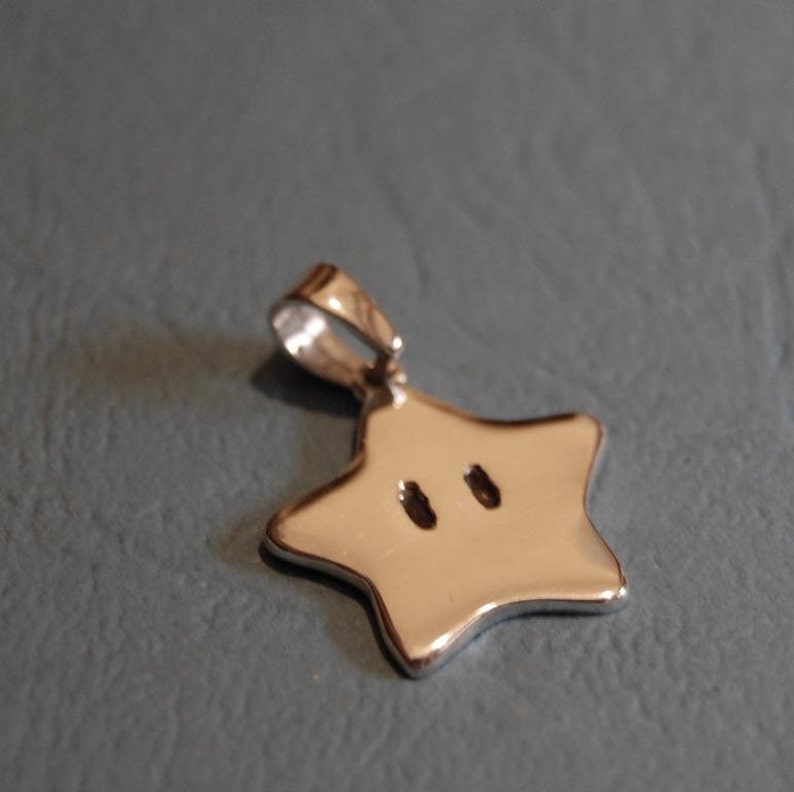 Pendant  Sterling silver Super Mario star image 0