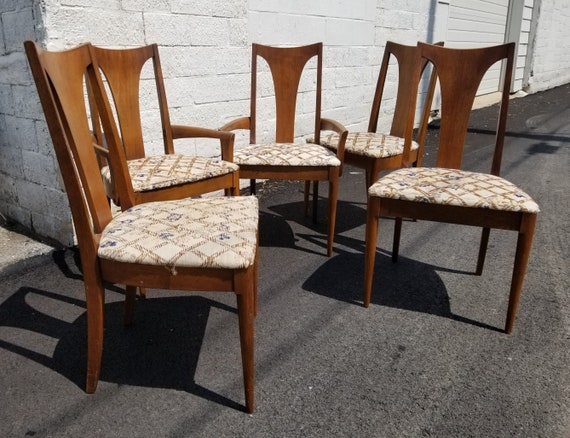 Mid Century Set of Five Dining Chairs Broyhill Brasilia  Buyer pays shipping