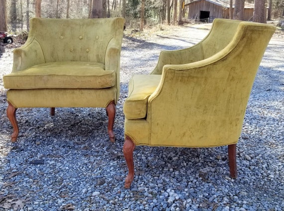 Mid Century Hollywood  Regency Pair of Chartreuse Green Yellow Velour Tufted Arm Club  Chairs BUYER Pays Shipping