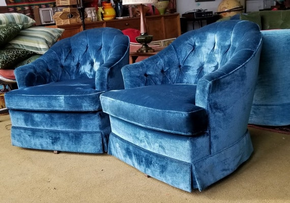 Fabulous Pair of  Hollywood Regency Mid Century Blue Curved Back Tufted Swivel Club Chairs BUYER Pays Shipping