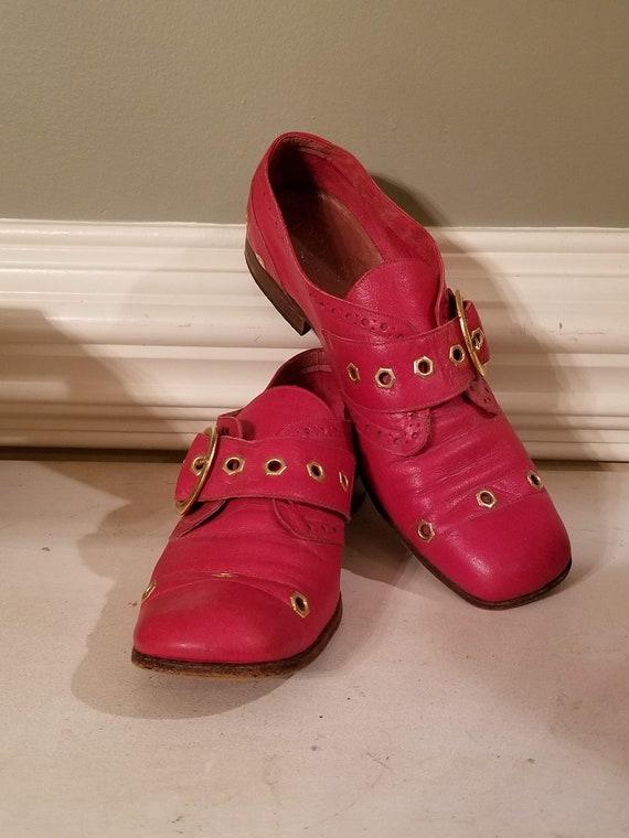 Vintage Red Bandolinos Bandolino Womens Shoes with Gold Buckle Eyelets