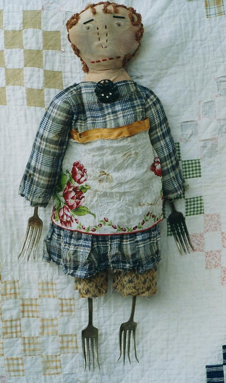 Primitive Cloth  Doll Pattern Mixed Media EPattern PDF Old image 0