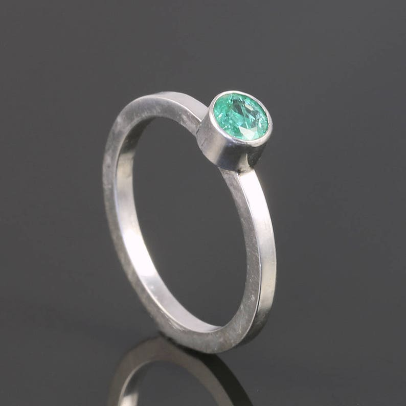 Genuine Gemstone Ready to Ship Emerald Stacking Ring May Birthstone Sterling Silver Size 4 s17r015