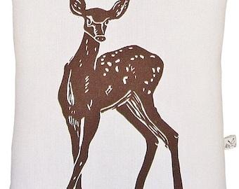 deer accent squillow pillow block print