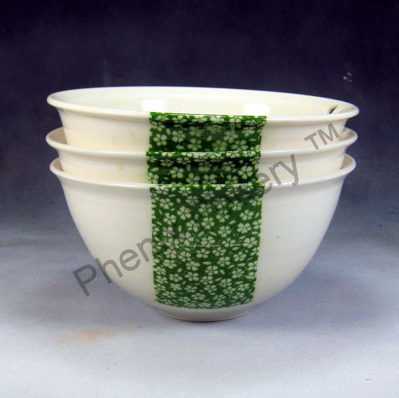 Soup Bowl Noodle Bowl Porcelain Bowl 24 oz Green and White Chopstick Bowl Stir Fry Bowl Hand Thrown Porcelain Pottery Rice Bowl Pho Bowl