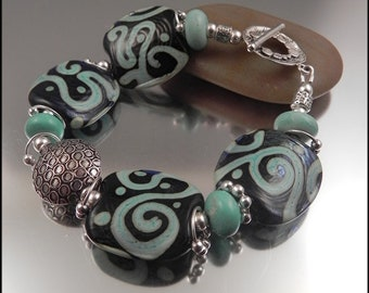 Ginnovations lampwork, Minty Crunch Lampwork, Turquoise and Sterling bracelet