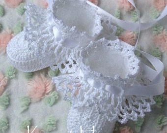 Crochet Pattern Pretty Ruffles Baby Booties