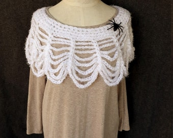 Ladies Crocheted Webbed Lace Collar