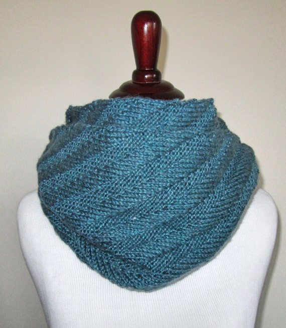 Diagonal Infinity Scarf Knitting Pattern Pdf Etsy