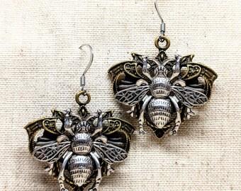 Bee Earrings / Handmade Earrings / Bronze Bee Earrings / Honey Bee Earrings / Insect Earrings / Two Tone Metal Earrings / Hypoallergenic