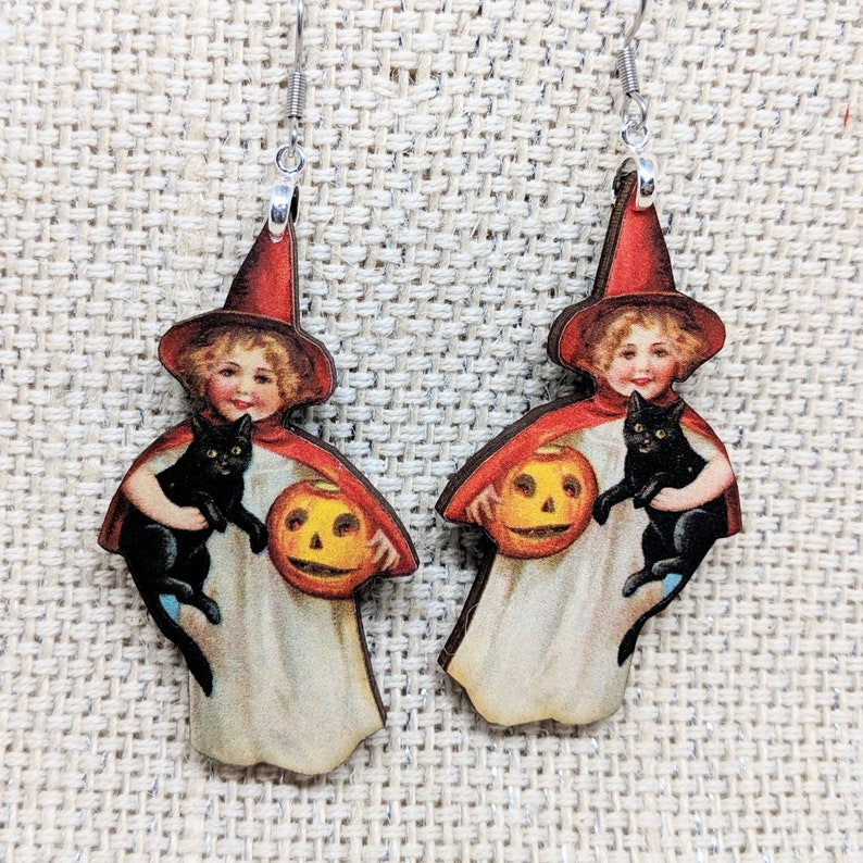 Witch Earrings / Red Witch Earrings / Hypoallergenic / Vintage image 0